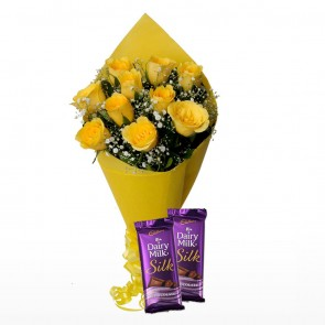 Bouquet of 12 Yellow Roses With Chocolates