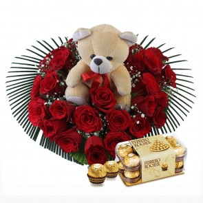 Heart Shape Arrangement Of 25 Red Roses With Chocolates