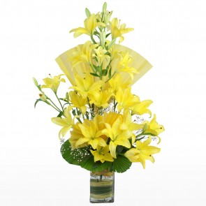 10 Yellow Lilies in Long Vase