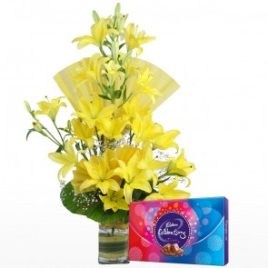 10 Yellow Lilies in Long Vase With Chocolates