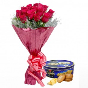 Bouquet Of 15 Red Roses With Chocolates