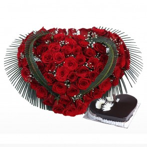 Heart Shape Arrangement Of 100 Red Roses With Heart Shape Cake